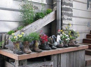 boot flower pot recycling idea