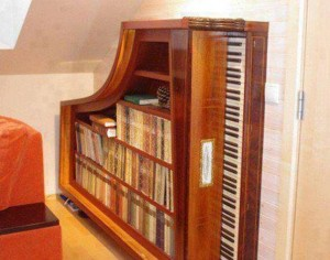 piano bookcase recycling idea