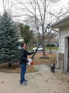 leaf blower to clean gutters